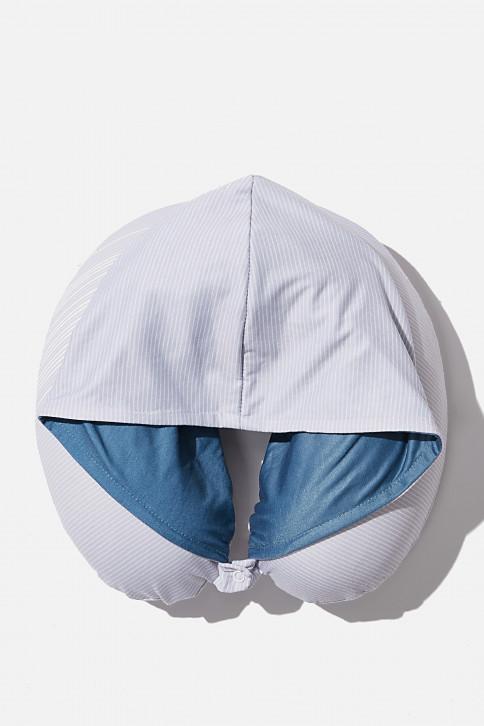 Gối cổ có nón - HOODED NECK PILLOW